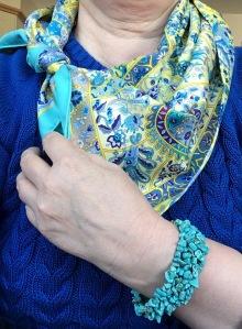 Au Pays des Oiseaux Fleurs - Hermès - with turquoise bracelet