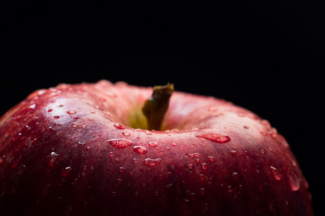 The freshest apple by Theo Crazzolara on Flickr