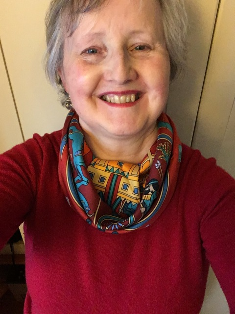 Outfit of the day 16/11/18 with Hermès' Persepolis scarf